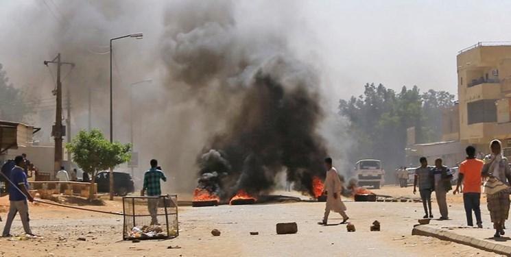 سودان ، استمرار تظاهرات مردمی و تعطیلی مدارس تا اطلاع ثانوی